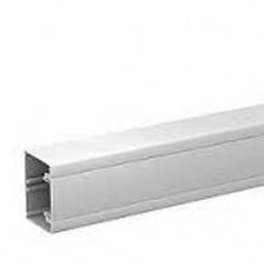 Goulotte OPTILINE 45 PVC 75X55 BLANC POLAIRE REF ISM10100P SCHNEIDER LG 2ML